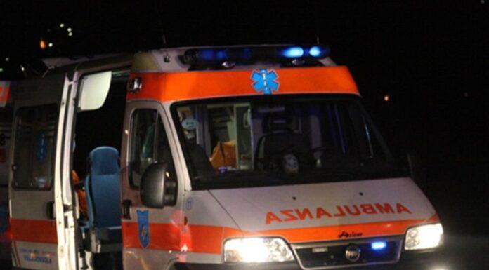 Incidente stradale a Fuorigrotta nella notte, muore un ragazzo di 21 anni