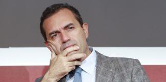 """Napoli, de Magistris: """"Nuove regole per contrastare i rifiuti in plastica nel mare"""""""