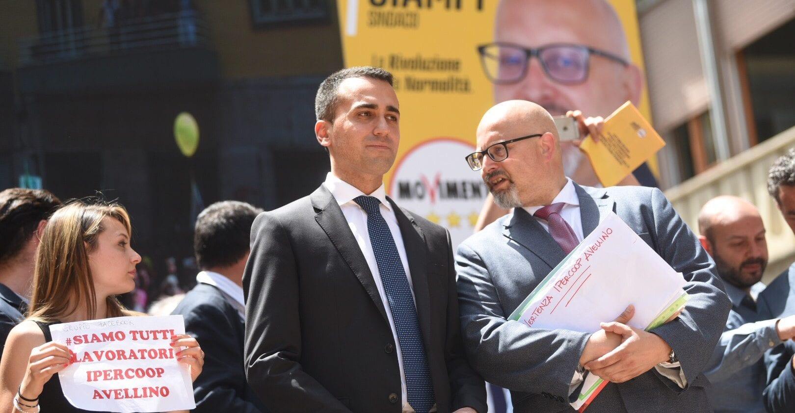 Comune di Avellino, sfiduciato il sindaco Vincenzo Ciampi