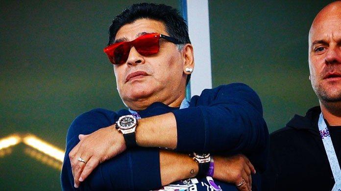 Maradona nei guai, l'ex moglie Claudia chiede 1,5 mln di danni