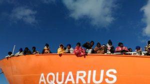 Aquarius, ok da Spagna: Conte ringrazia ma Malta accusa l'Italia