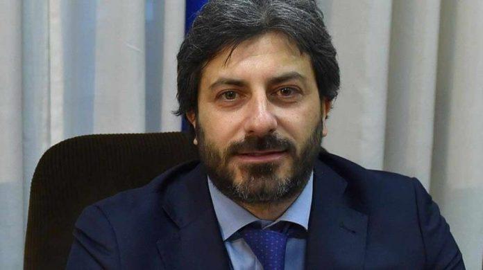 Roberto Fico attacca Salvini: