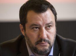 """Legalizzazione cannabis, Salvini: """"La proposta del M5s non passerà mai"""""""