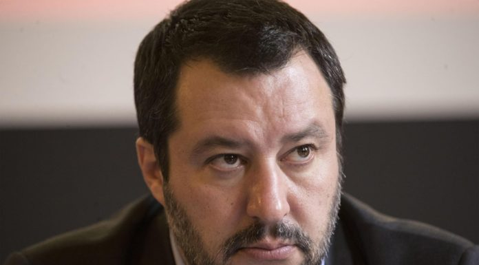 """Salvini-toghe, è alta tensione: """"Invasione di campo da giudici di sinistra"""""""