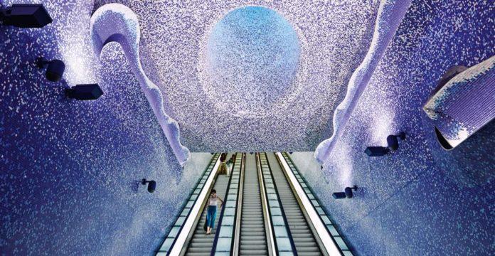 Napoli Teatro Festival Italia 2018, attori in metrò nelle stazioni Anm