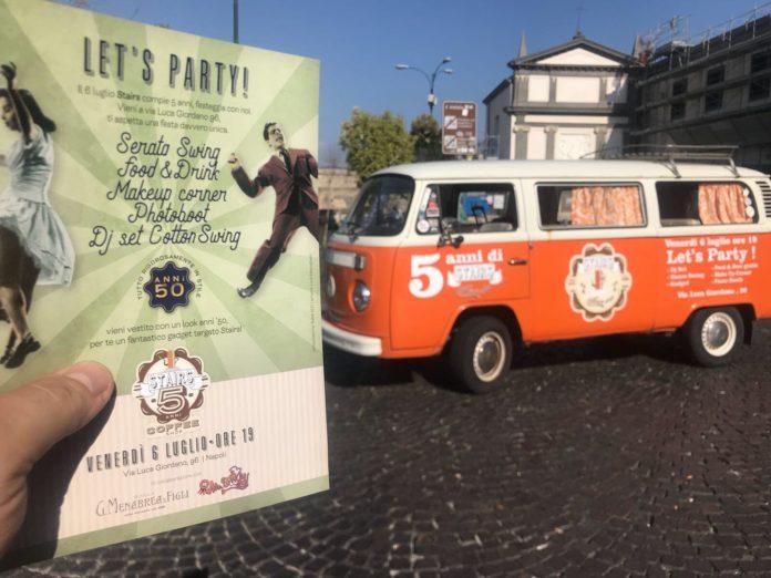 Vomero, Stairs Coffee festeggia l'anniversario con un party vintage anni 50