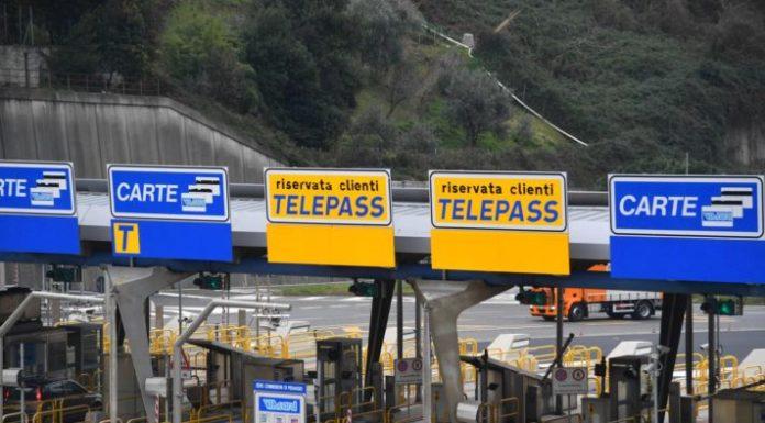 Autostrade: domenica 4 agosto e lunedì 5 pedaggi solo con casse automatiche e Telepass