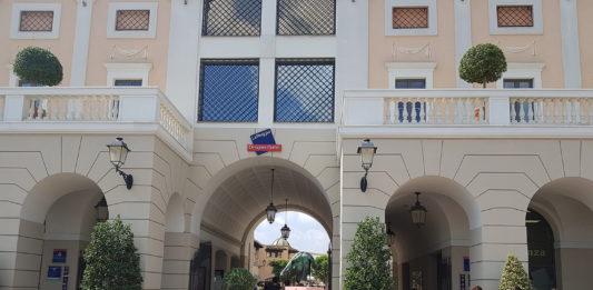 Saldi in Campania, a La Reggia Designer Outlet boom di presenze