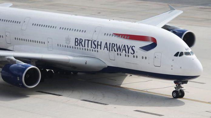 Problemi su volo Napoli-Londra, atterraggio d'emergenza: passeggeri salvi