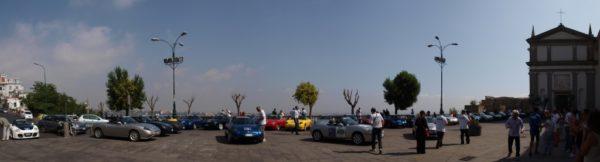 A Napoli ritorna il raduno delle Fiat Barchetta. Ecco il programma
