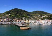 """Coronavirus, il sindaco di Ischia: """"Chiusura porti non è razzismo"""""""
