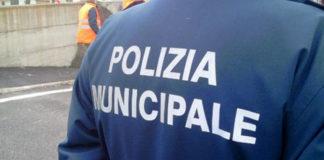 Napoli, Fuorigrotta: vigile urbano si suicida con pistola d'ordinanza