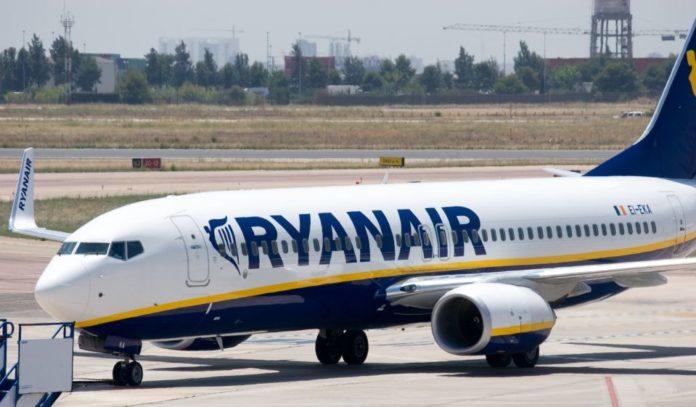 Black Friday Ryanair, voli a meno di 10 euro anche da Napoli