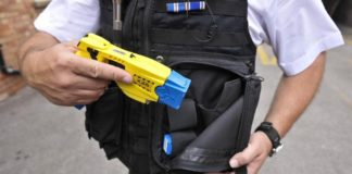 Sicurezza, ok a sperimentazione del taser: Napoli e Caserta tra le città pilota
