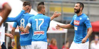 Primo impegno per il Calcio Napoli di Ancelotti contro una squadra di Lega Pro. Tra primo e secondo tempo in campo tutti gli azzurri. In evidenza Fabian Ruiz