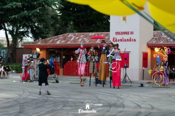 """Edenlandia: arriva """"Magic Christmas"""". Ecco gli orari del parco per la festività"""
