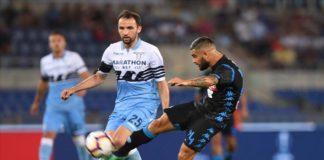 Calcio Napoli, gli azzurri vincono contro la Lazio: 1-2