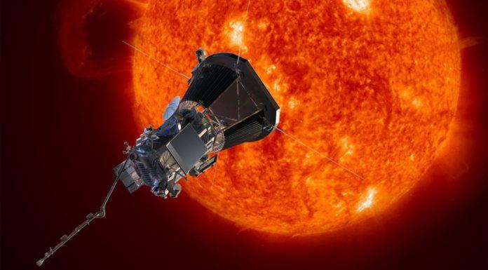 Lanciata la sonda Parker Solar Probe, la prima destinata a sfiorare il Sole