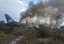 Miracolo in Messico: aereo si schianta al suolo, ma non ci sono vittime