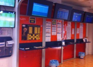 Napoli, Fuorigrotta: Rapina in un centro di scommesse sportive