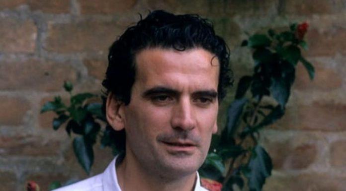 Buon compleanno Massimo Troisi, oggi avrebbe compiuto 67 anni