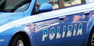 42enne colpita da malore in autostrada, poliziotti badano ai figli