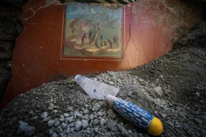 """Pompei, nuove scoperte: riemerge casa """"vintage"""" di Nonio Balbo"""