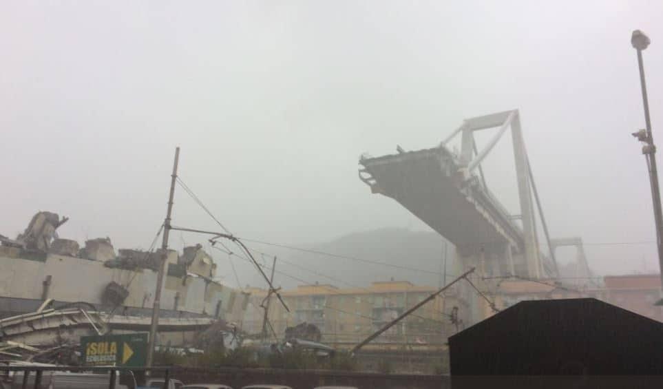 Crollo di Genova, il bilancio delle vittime dopo la tragedia sale a 43