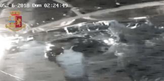 Salerno, auto a tutta velocità sulla folla fuori una discoteca: due arresti