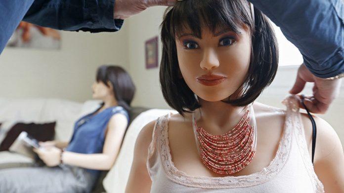 Torino, una casa di appuntamenti con sex dolls: è la prima in Italia