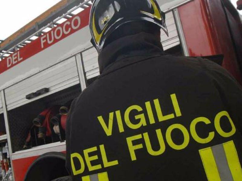 Napoli, caos a Fuorigrotta: chiuso il cavalcavia di via Cinthia