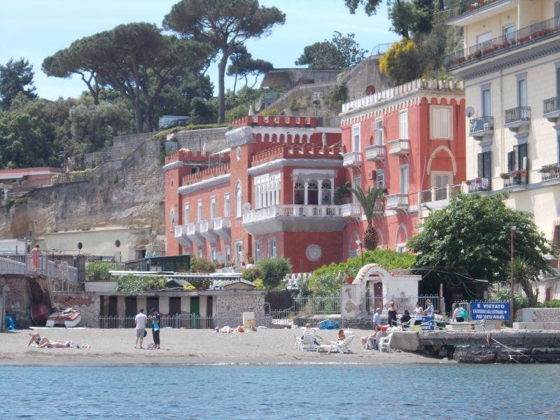 Estate a Napoli: ecco quali sono le spiagge libere più belle