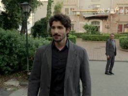 Un Posto al Sole, lunedì 17 settembre: Roberto incontra il ricattatore