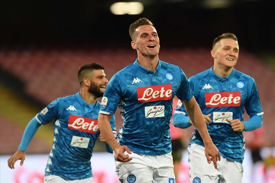 Calcio Napoli, dominio azzurro 3-0 al Parma
