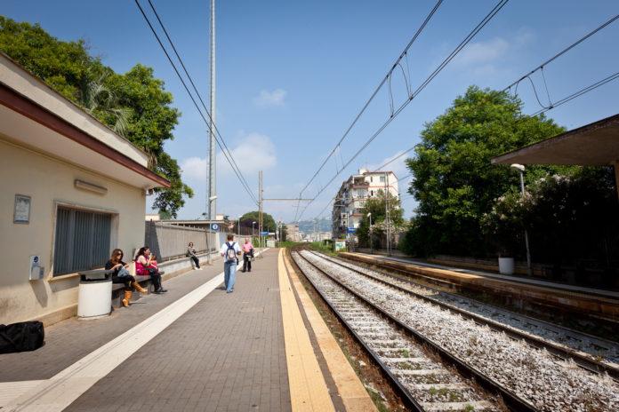 Bagnoli Agnano Terme della metropolitana linea 2 di Napoli fermata rinnovata, più accessibile e connessa.