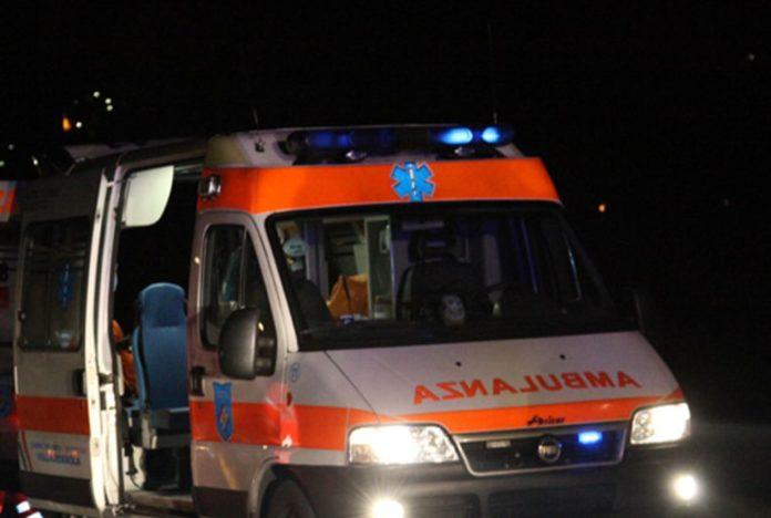Napoli, incidente stradale a Fuorigrotta: morto centauro 50enne