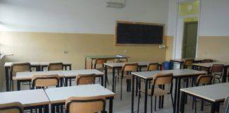 Napoli, Vomero: restauro flop alla scuola Piscicelli