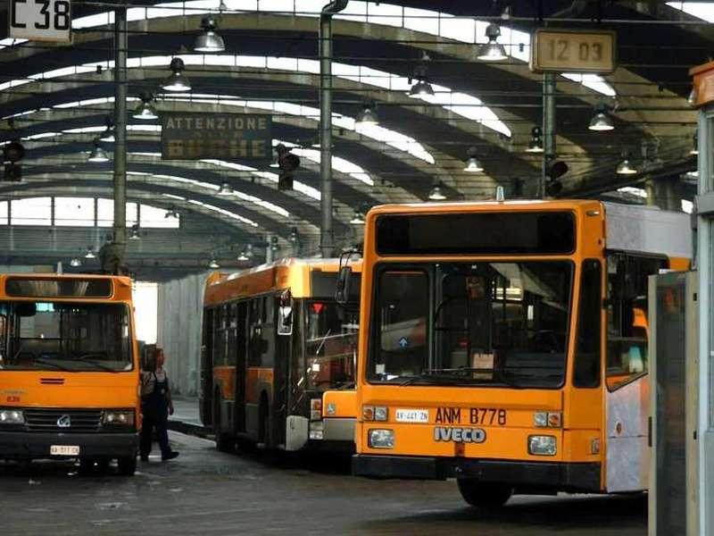 ANM, 4 incidenti in 10 giorni: allarme dei sindacati sulla manutenzione dei bus