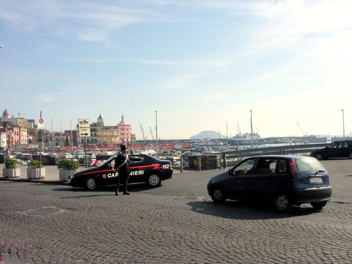 Pozzuoli, allontanati pregiudicati e Daspo a parcheggiatori abusivi