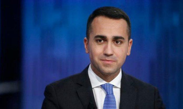 Di maio il reddito di cittadinanza solo agli italiani for Reddito per permesso di soggiorno