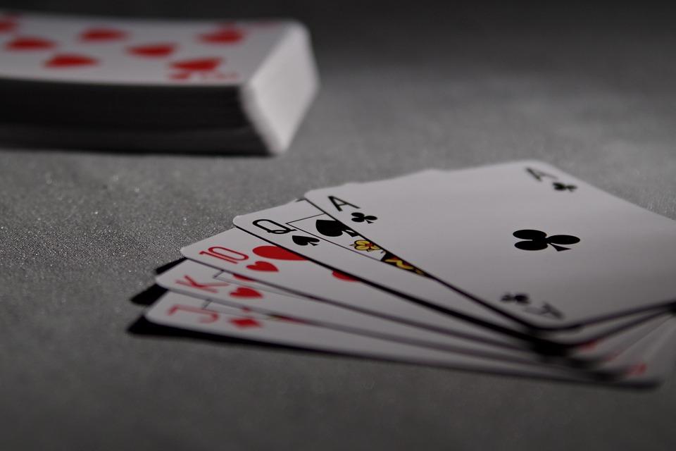 AGIMEG, un primo semestre in positivo per le poker rooms