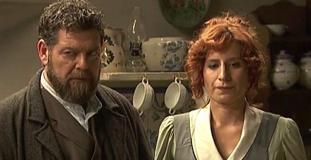 Il Segreto, anticipazioni: Adela incontra Basilio che la minaccia con una pistola