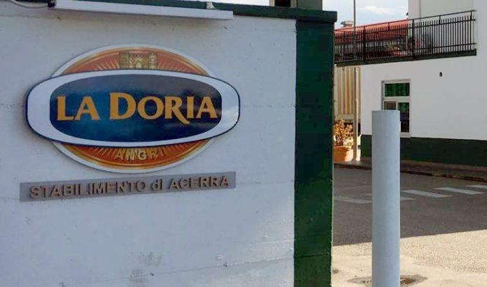 La Doria, licenziato un sindacalista per un commento critico su Facebook