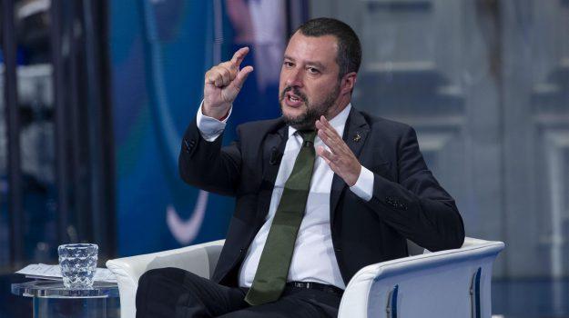 Pensioni, Salvini rilancia e promette: