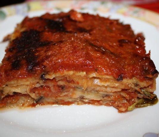 Scampia, ristorante solidale: cena a 1 euro dedicata alla melanzana