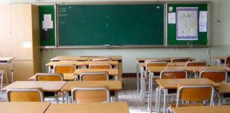 Salerno, due scuole su tre non hanno certificato di agibilità