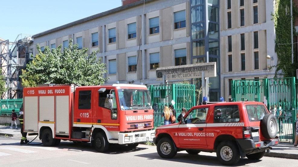 Incendio scuola Bosco Lucarelli, associazioni vogliono chiarezza