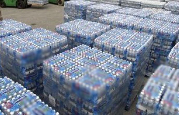Torre Del Greco, sequestrate 5000 bottiglie d'acqua nocive