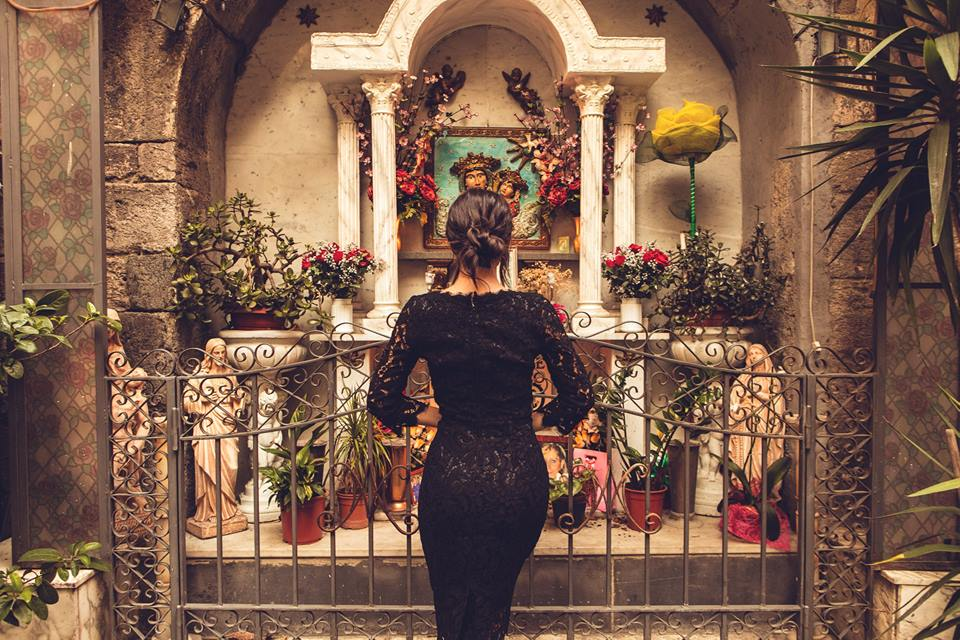 Dolce & Gabbana a Napoli. Servizio fotografico con Ines Trocchia