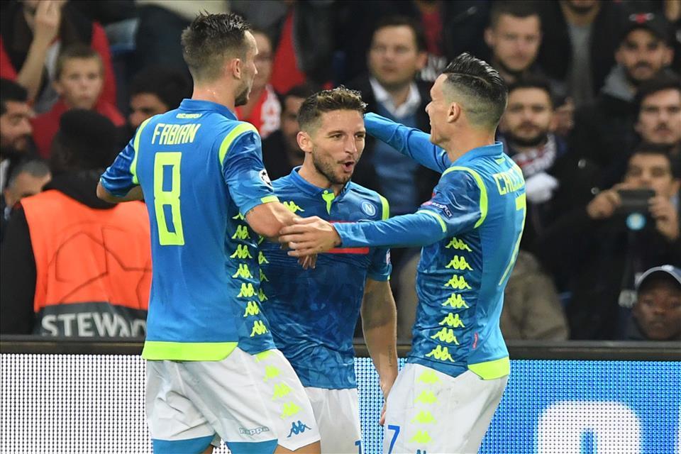 Calcio Napoli: l'impresa a Parigi svanisce al 92'